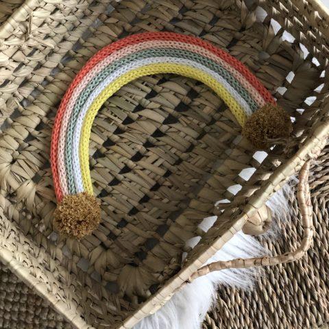 arc en ciel en tricotin